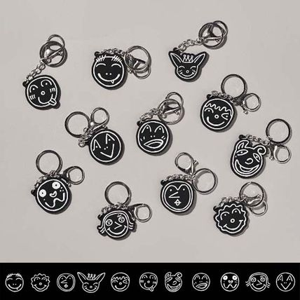 Unisex Street Style Collaboration Keychains & Bag Charms