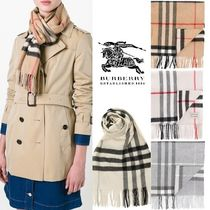 Burberry Gingham Tartan Cashmere Heavy Scarves & Shawls