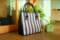 Kannbar Stripes A4 Leather Handbags