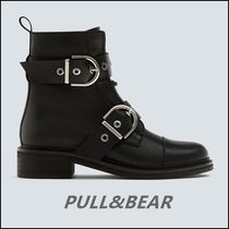 PULL & BEAR Black leather ankle boots with double buckle