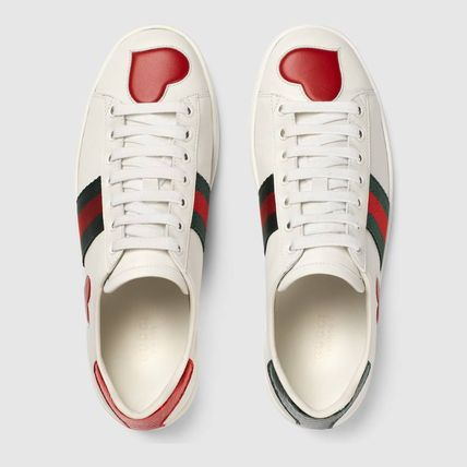 a39e64cc650 ... GUCCI Low-Top Heart Star Rubber Sole Casual Style Street Style Leather  9 ...