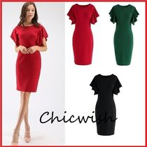 Chicwish Tight U-Neck Plain Medium Elegant Style Dresses