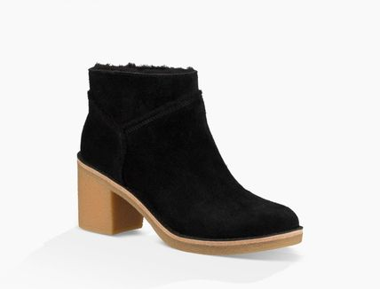UGG Australia Ankle & Booties Round Toe Casual Style Suede Street Style Plain Block Heels 11