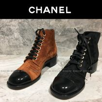 CHANEL Round Toe Lace-up Enamel Plain Block Heels Elegant Style