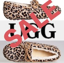 UGG Australia Leopard Patterns Moccasin Round Toe Casual Style Sheepskin
