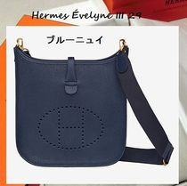 HERMES Evelyne Shoulder Bags