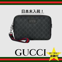 GUCCI GG Supreme Canvas Street Style Clutches