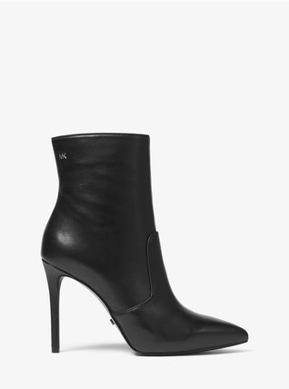Michael Kors Ankle & Booties Rubber Sole Casual Style Plain Leather Ankle & Booties Boots 8