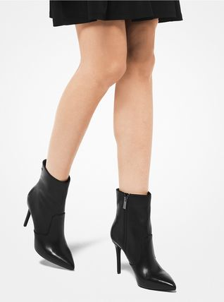 Michael Kors Ankle & Booties Rubber Sole Casual Style Plain Leather Ankle & Booties Boots 11
