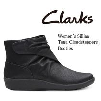 Clarks Round Toe Casual Style Plain Wedge Boots