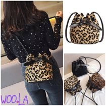 Leopard Patterns Casual Style Faux Fur Blended Fabrics Plain
