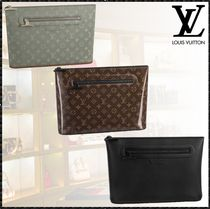 Louis Vuitton MONOGRAM Monogram Plain Leather Clutches