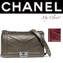 CHANEL BOY CHANEL Stripes Calfskin Studded Street Style 2WAY Chain Plain
