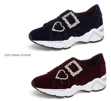 Rubber Sole Casual Style Velvet Low-Top Sneakers