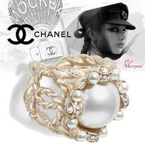 CHANEL Costume Jewelry With Jewels Elegant Style Rings
