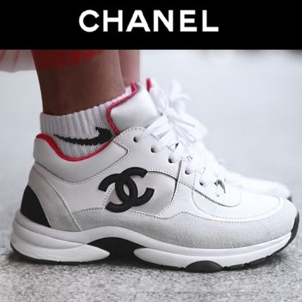 CHANEL Low-Top Round Toe Lace-up Casual Style Plain Leather 2