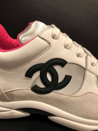 CHANEL Low-Top Round Toe Lace-up Casual Style Plain Leather 4