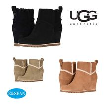 UGG Australia Wedge Round Toe Fur Wedge Boots