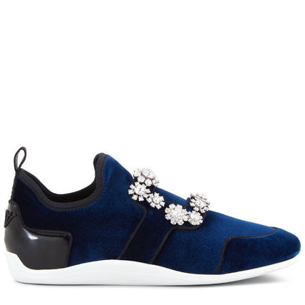 With Jewels Low-Top Sneakers