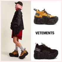 VETEMENTS Open Toe Platform Casual Style Suede Plain