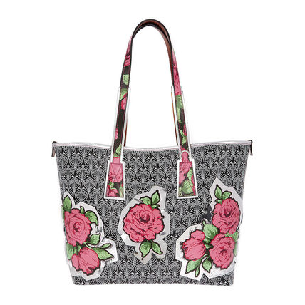 Blended Fabrics A4 Totes
