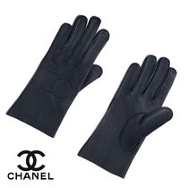 CHANEL Casual Style Plain Leather Leather & Faux Leather Gloves