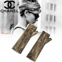 CHANEL Elegant Style Smartphone Use Gloves