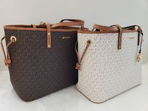 Michael Kors Monogram Casual Style Street Style Bag in Bag A4 Leather