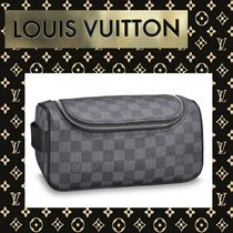 Louis Vuitton DAMIER GRAPHITE Leather Clutches