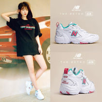 New Balance Round Toe Low-Top Sneakers