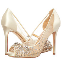 Badgley Mischka Plain Pin Heels Party Style Stiletto Pumps & Mules