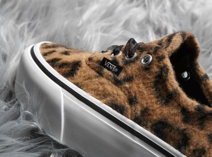 VANS Platform & Wedge Leopard Patterns Platform Round Toe Lace-up Casual Style 3