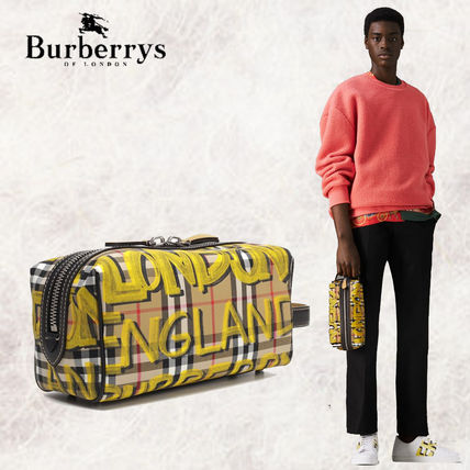 Burberry Men s Clutches Gift Wrapping by the Store  Shop Online in US    BUYMA 9a5a0aff4f