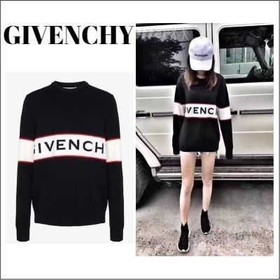 GIVENCHY Knits & Sweaters Knits & Sweaters