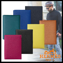 HERMES Calvi Street Style Bi-color Plain Leather Clutches