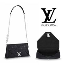 Louis Vuitton Leather Elegant Style Shoulder Bags