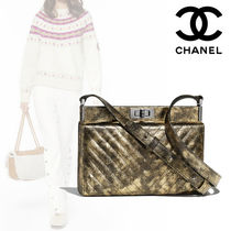 CHANEL Leather Elegant Style Clutches