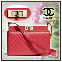 CHANEL Lambskin 2WAY Plain Elegant Style Clutches