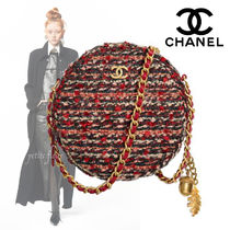 CHANEL Casual Style Chain Shoulder Bags