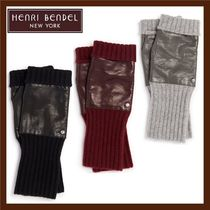 Henri Bendel Unisex Cashmere Blended Fabrics Plain Smartphone Use Gloves