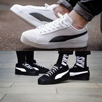 409c99cc9d1 PUMA Unisex Street Style Collaboration Plain Sneakers