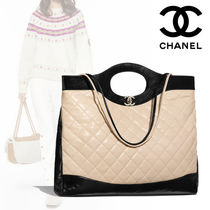 CHANEL 2WAY Bi-color Plain Leather Elegant Style Totes