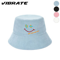 VIBRATE Wide-brimmed Hats