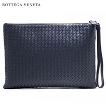BOTTEGA VENETA A4 Plain Leather Clutches