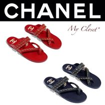 CHANEL ICON Casual Style Street Style Chain Plain Leather Flip Flops