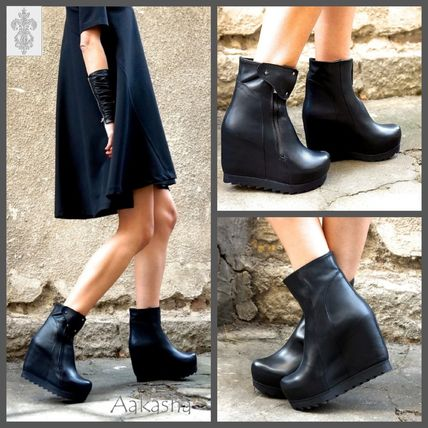 Wedge Round Toe Plain Leather Wedge Boots
