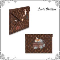 Louis Vuitton MONOGRAM Monogram Unisex Canvas Street Style Collaboration Bag in Bag