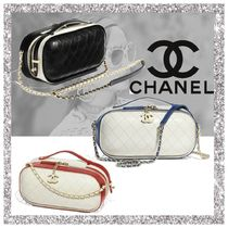 CHANEL Casual Style Calfskin Vanity Bags Bi-color Plain