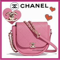CHANEL ICON Casual Style Lambskin Plain Shoulder Bags