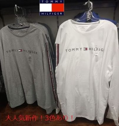 Tommy Hilfiger Long Sleeve Crew Neck Long Sleeves Logos on the Sleeves 2
